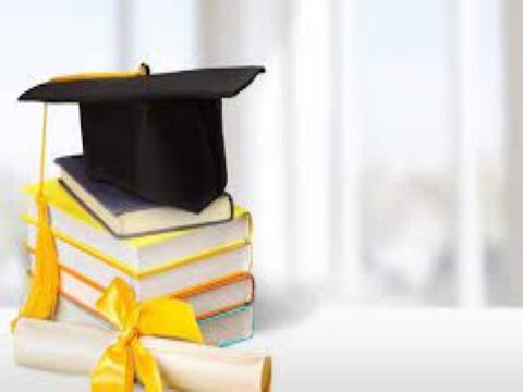 Pay It Forward Scholarship