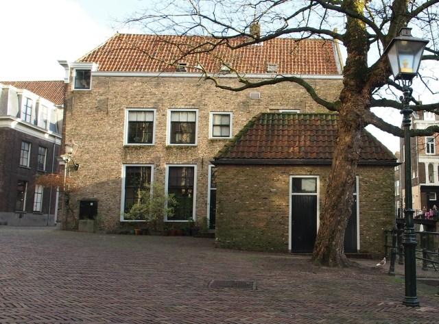 Binnenstad van Dordrecht op de Pottenkade.