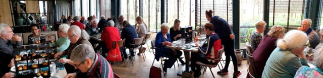 Vrijwilligers Groene Luiken lunchen bij Jofel om jubileum te vieren - 6 maart 2019