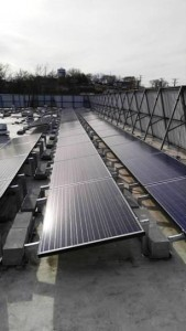 Photo of the new solar energy system installed at the Baymont Inn and Suites in Branson.