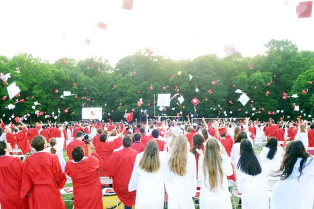 Greenwich Public Schools Calendar.Greenwich High Host Graduation Ceremony For 677 Students
