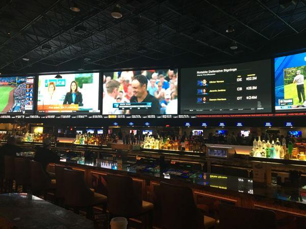 Sharps vs Public: NFL & college betting report | Las Vegas ...