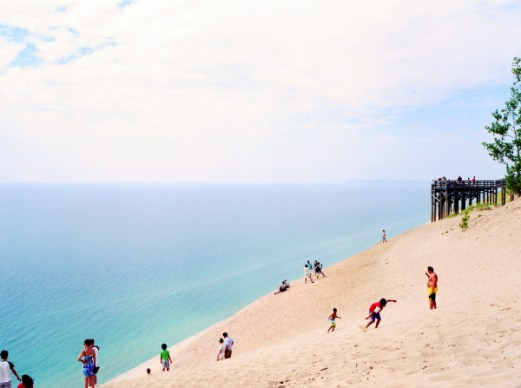 One of my favorite view of the dune, as you all may noticed. Looks like you're at a beach with water right?
