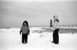 AGFA SUPER SILLETTE ACROS - Walking on the frozen Lake Michigan