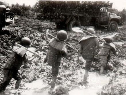 Hình tượng người lính Tây Tiến - Quang Dũng