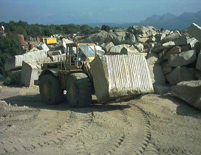 Transport Of San Giacomo Yellow Granite Block