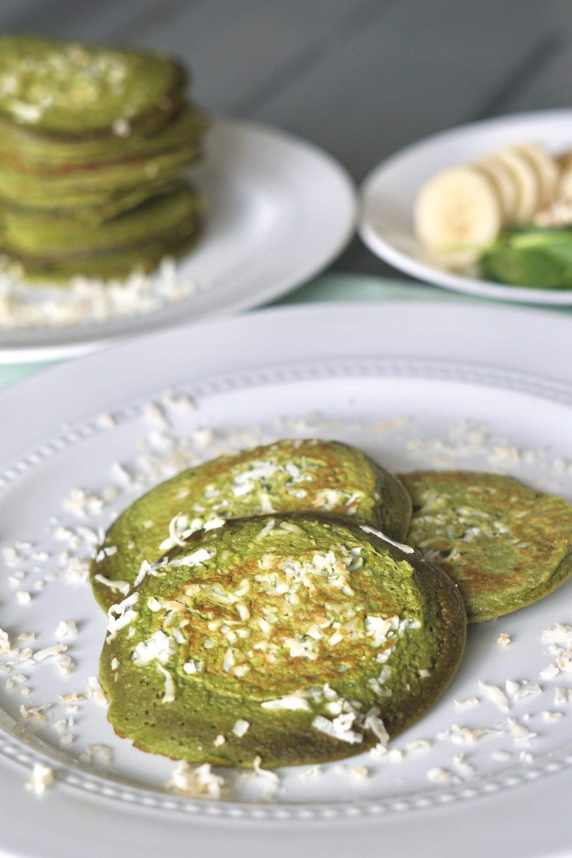 healthy breakfast recipes, egg recipes, spinach breakfast recipe, healthy green protein pancakes, deidra mangus, shredded coconut, banana recipes, clean eating recipes, weight loss recipes, successful beachbody coach