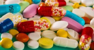 depositphotos 143479721 stock photo multicolored pills and tablets on Naturheilkunde