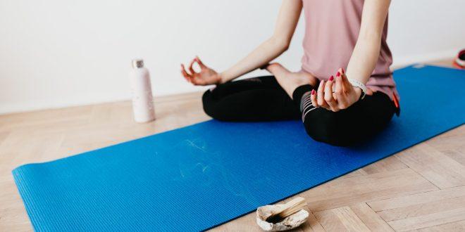 Wie man Meditationsgewohnheiten mit Hilfe der Verhaltenswissenschaft festhält