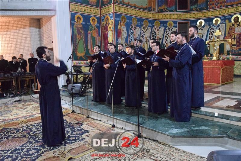 Corala Armonia concert de colinde Dej (6)