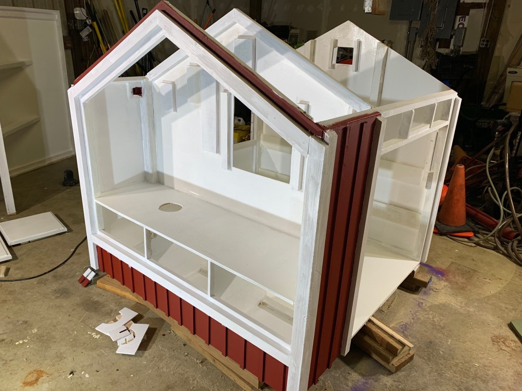 Painting duck house