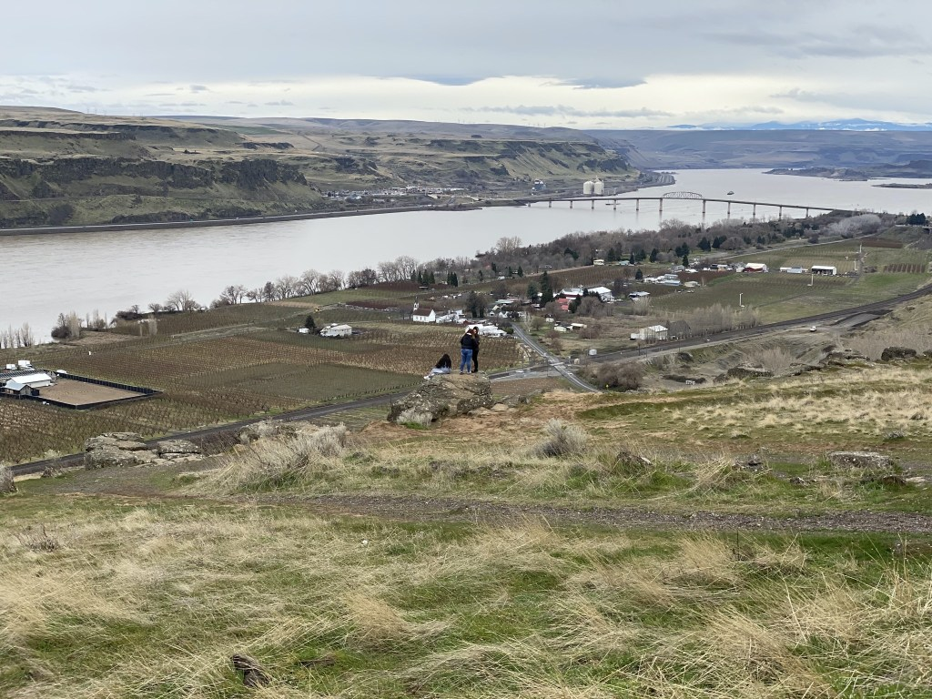 Columbia River from Stonehenge