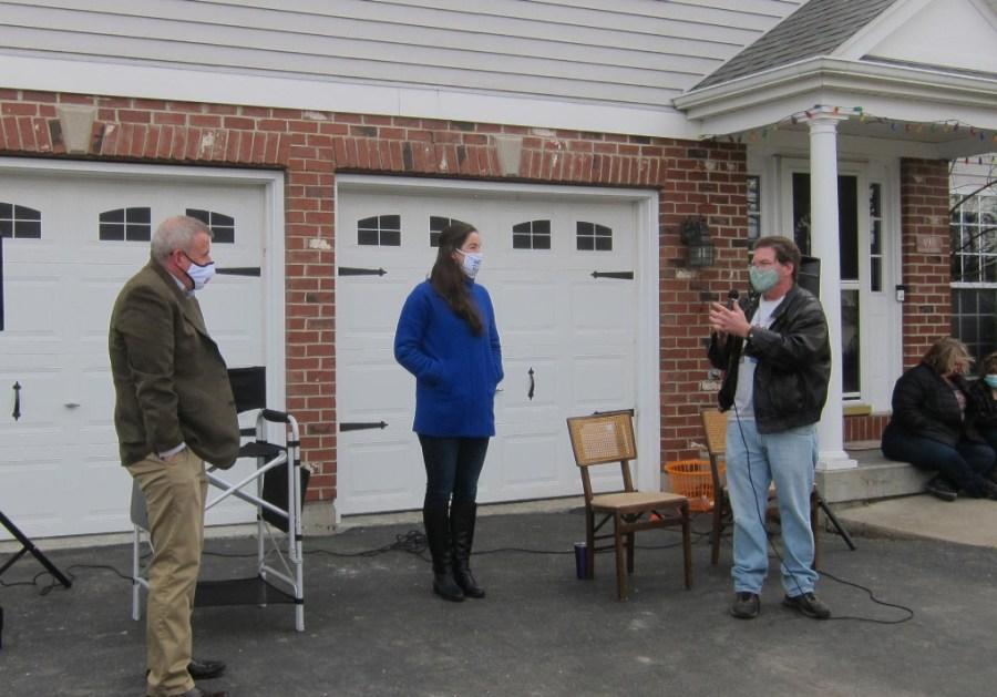 DeKalb Mayoral Candidates Take Part In Front Yard Forum