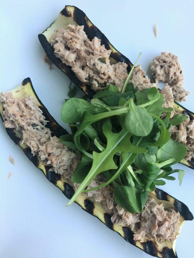 courgette gevuld met tonijn