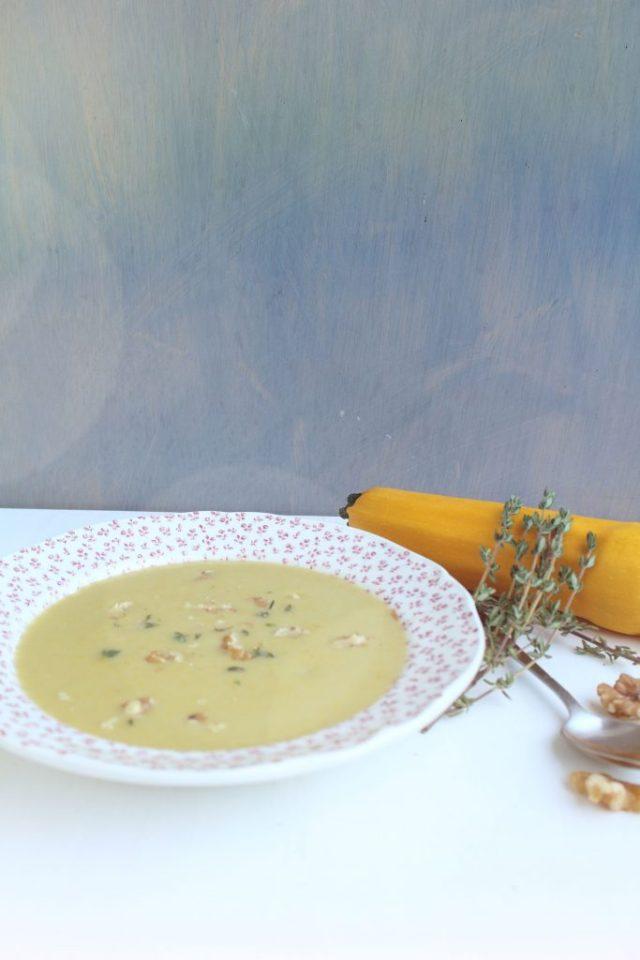 Gele courgettesoep