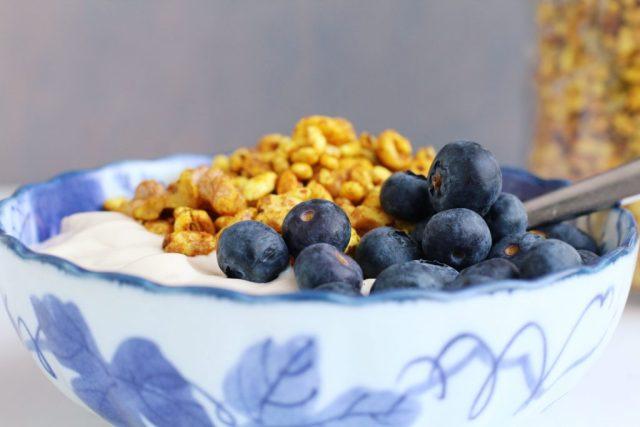 Gepofte granola met kurkuma