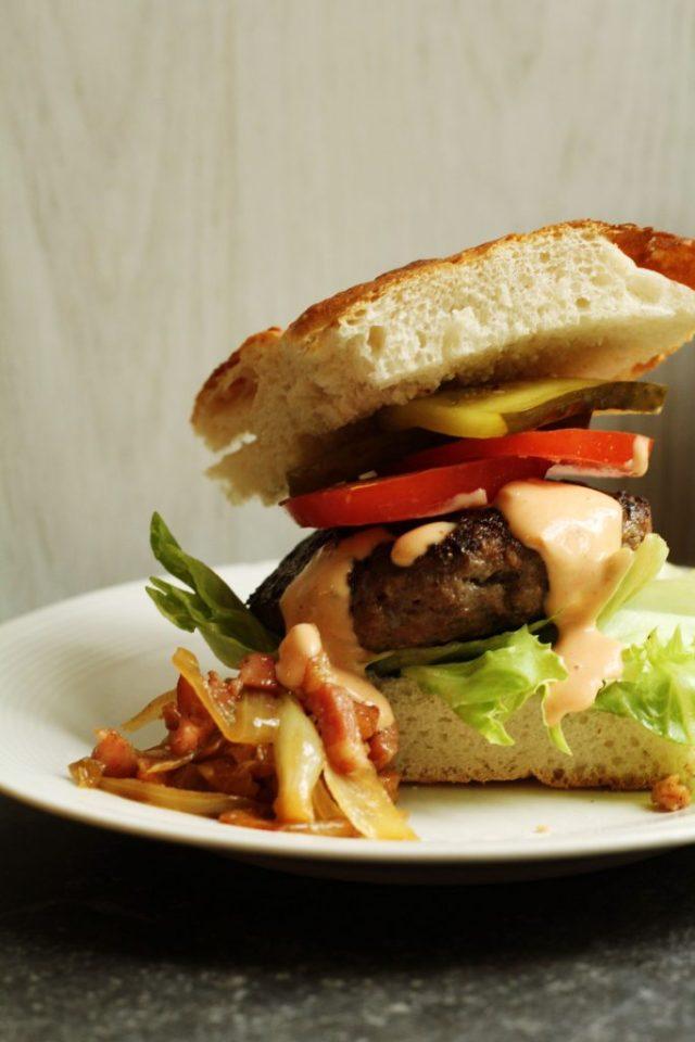 zelf hamburgersaus maken