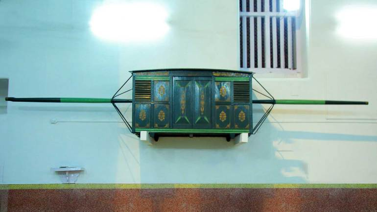 An-Old-Palanquin-inside-the-St-Thomas-Church, Mar Thoma Cheriapally