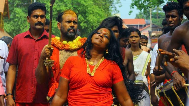 Oracles(Velichappadu-or-Komaram)-at-Kodungallur-Bhagavathy-Temple-Kodungallur-Bharani-Festival-Kerala-Festival-Photos-Kodungallur-Bharani-Festival, Kodungallur Bharani