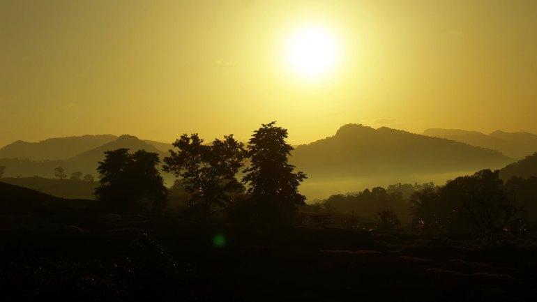 Ayyappanmudi-Sunrise-Ayyappanmudi-Heaven-of-Kothamangalam