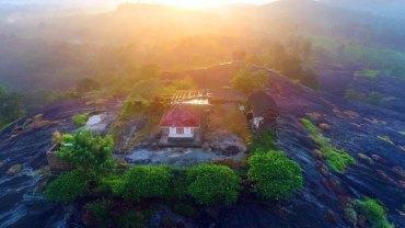 Ayyappanmudi-Temple-Morning-View-Ayyappanmudi-Serene-Temple-Aerial-Photograph
