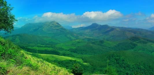 Mountains-Near-Anamudi-from-Eravikulam-National-Park-Munnar-Eravikulam National Park