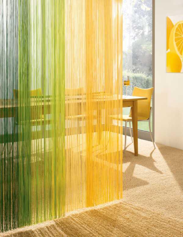 Как красиво повесить нитяные шторы фото на кухню