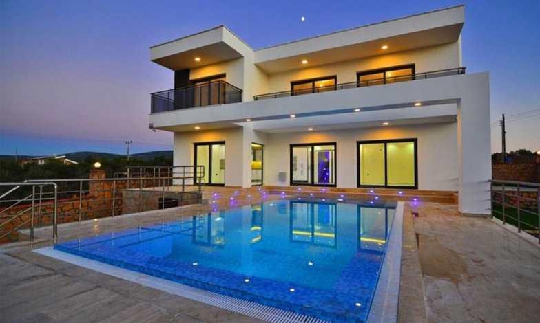 İki katlı ev ve villa modelleri 18