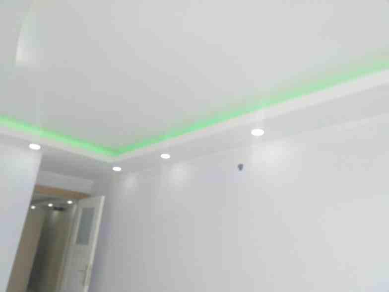 Renkli alçıpan tavan aydınlatmaları1