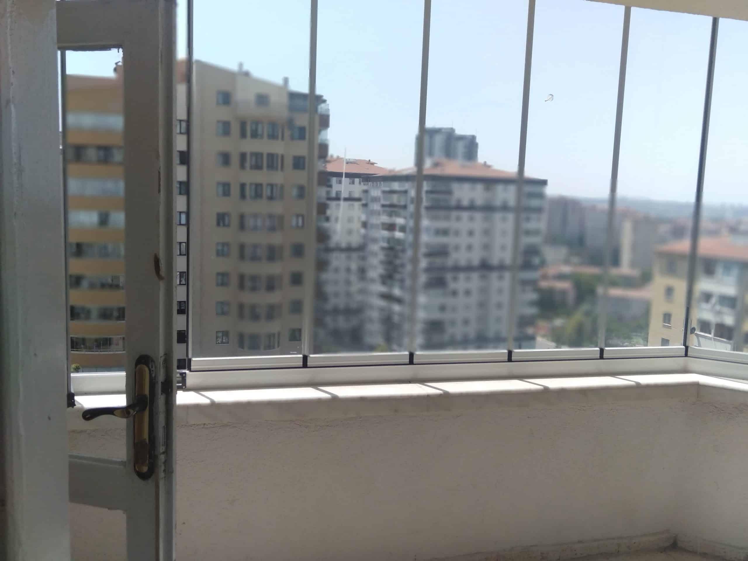Mutfak balkonunu mutfağa katmak