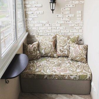 Мебель на балкон (75 фото): диван и кровать для лоджии ...
