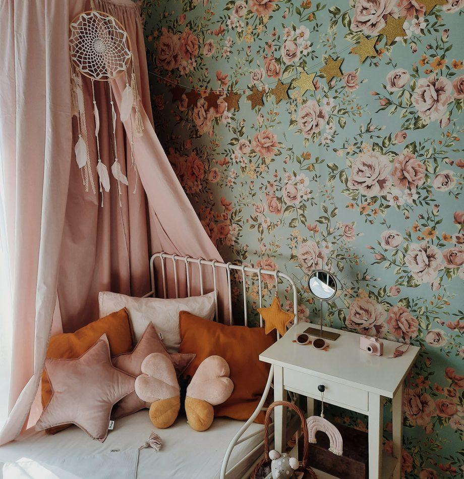 tapeta-kwiaty-mietowa