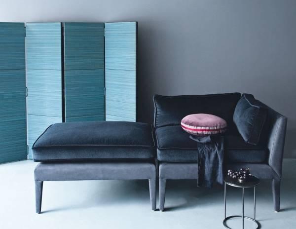 Salon için köşe döşemeli mobilyalar - köşe sandalyenin fotoğrafı