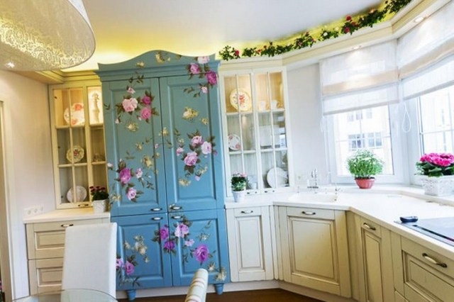 Provence tarzında küçük bir mutfak tasarımı fotoğraf 01