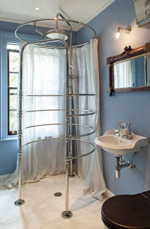 küçük banyolarda duşlar