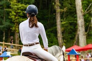 Paardenmeisjes waarschijnlijk als allerlaatste gevaccineerd