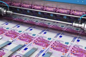 Kan je inflatie oplossen door geld bij te drukken? Wij zochten het voor je uit