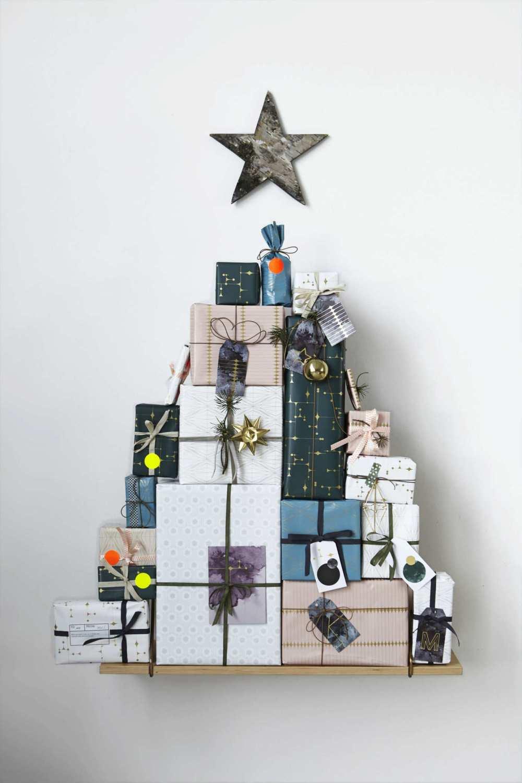 10-Unusual-Christmas-Trees-3.jpg
