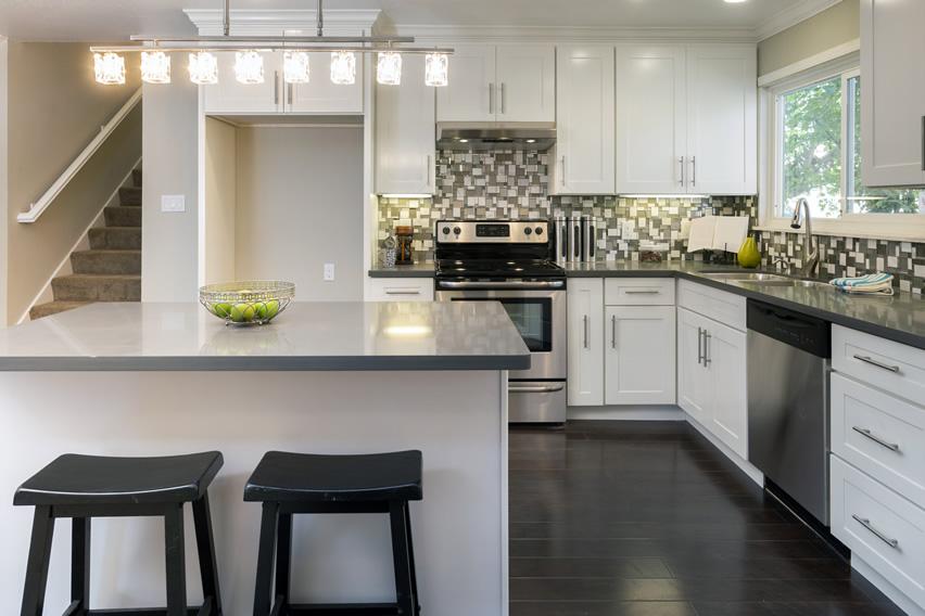 Desain Dapur Kecil Bentuk L