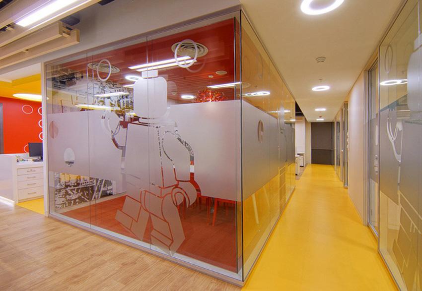 Ruang-Kantor-LEGO1