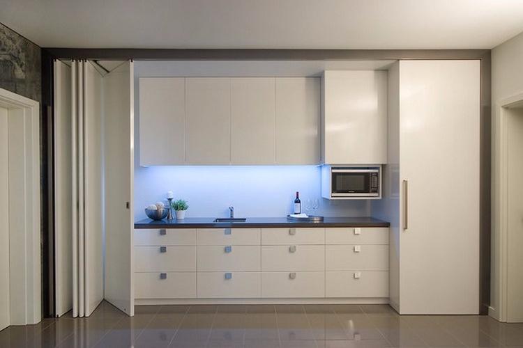 Desain Dapur Kecil yang Tersembunyi