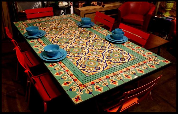 meja makan minimalis keramik