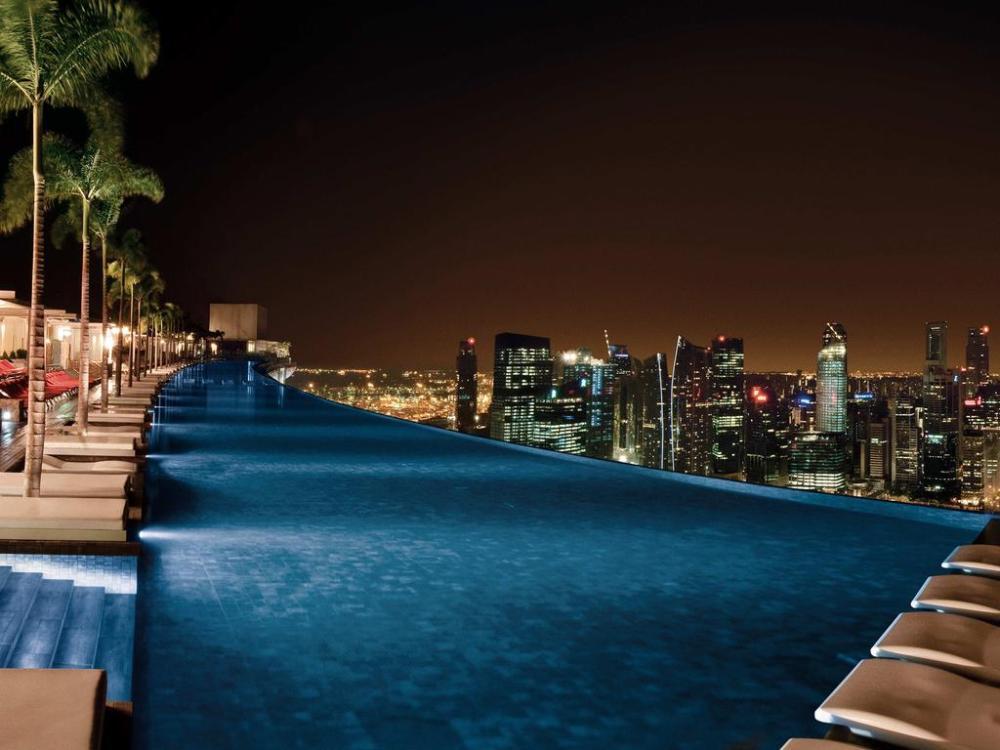 Kolam Renang Marina Bay Sands Hotel