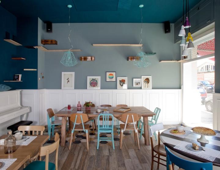 interior cafe romeow cat bistro