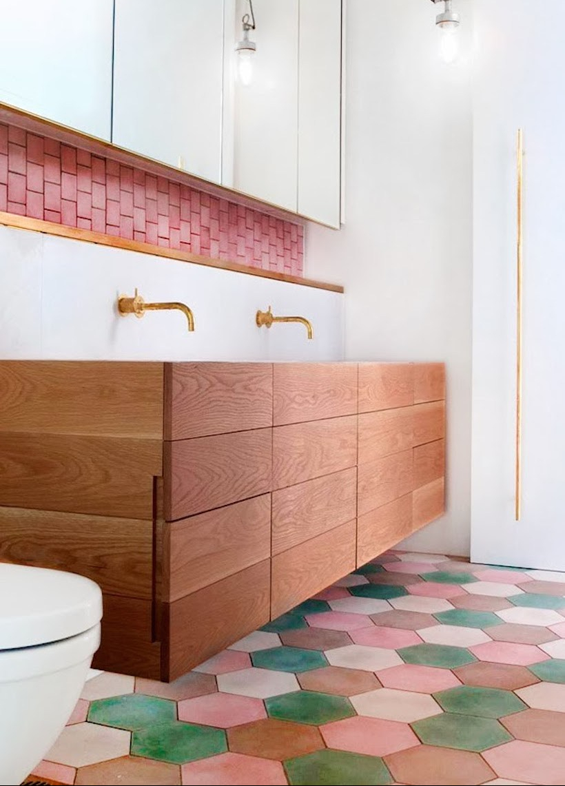 lantai keramik kamar mandi tahan air