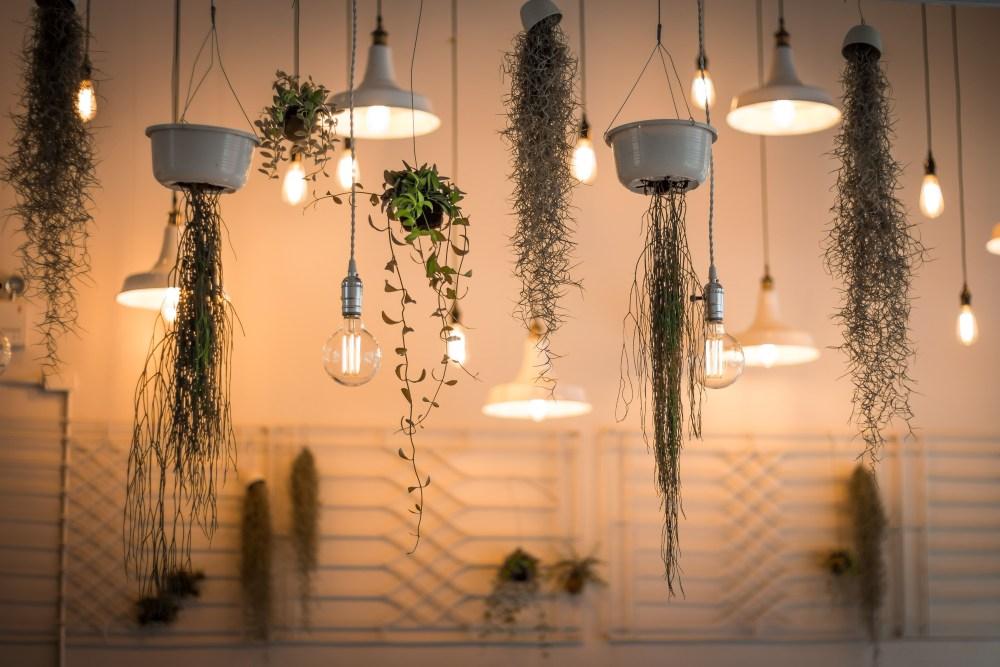 Bagaimana Cara Memilih dan Menghitung Watt Lampu yang Tepat