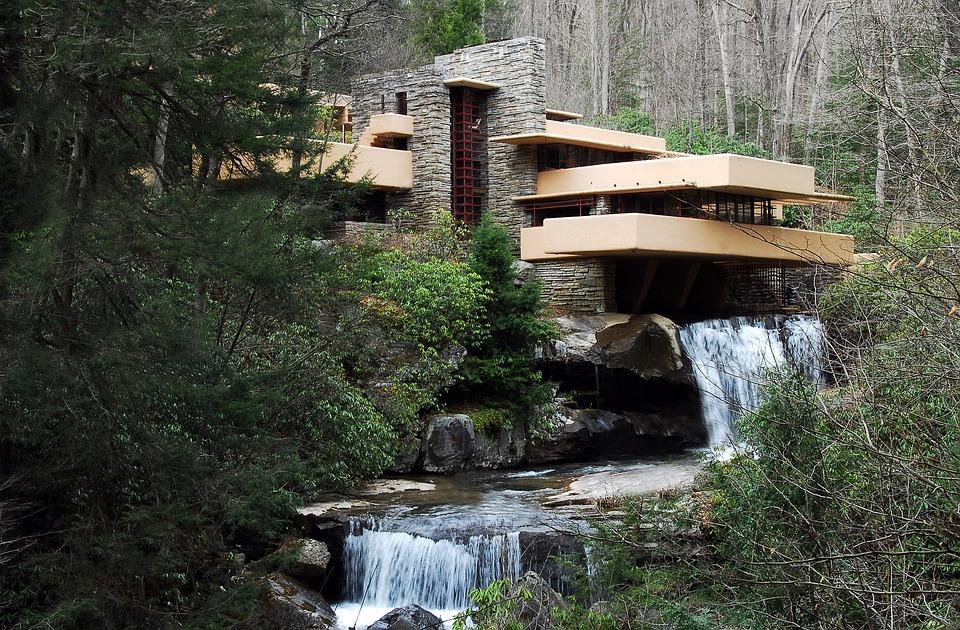 Arsitektur Modern Falling House