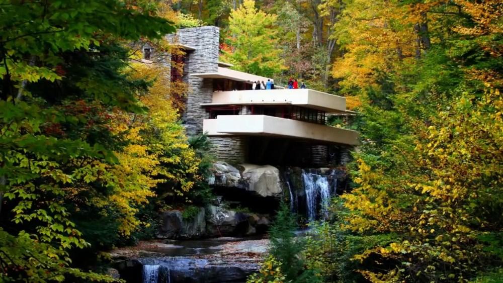 Arsitektur Modern Falling Water House