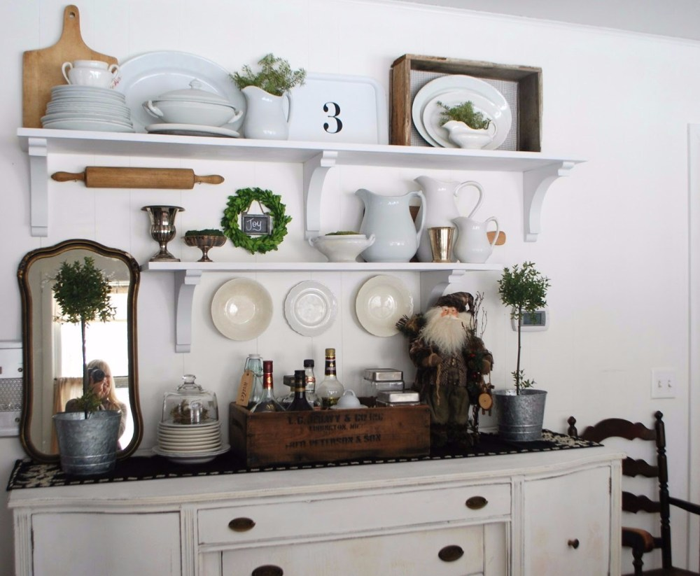 Floating Shelf Ruang Makan Minimalis