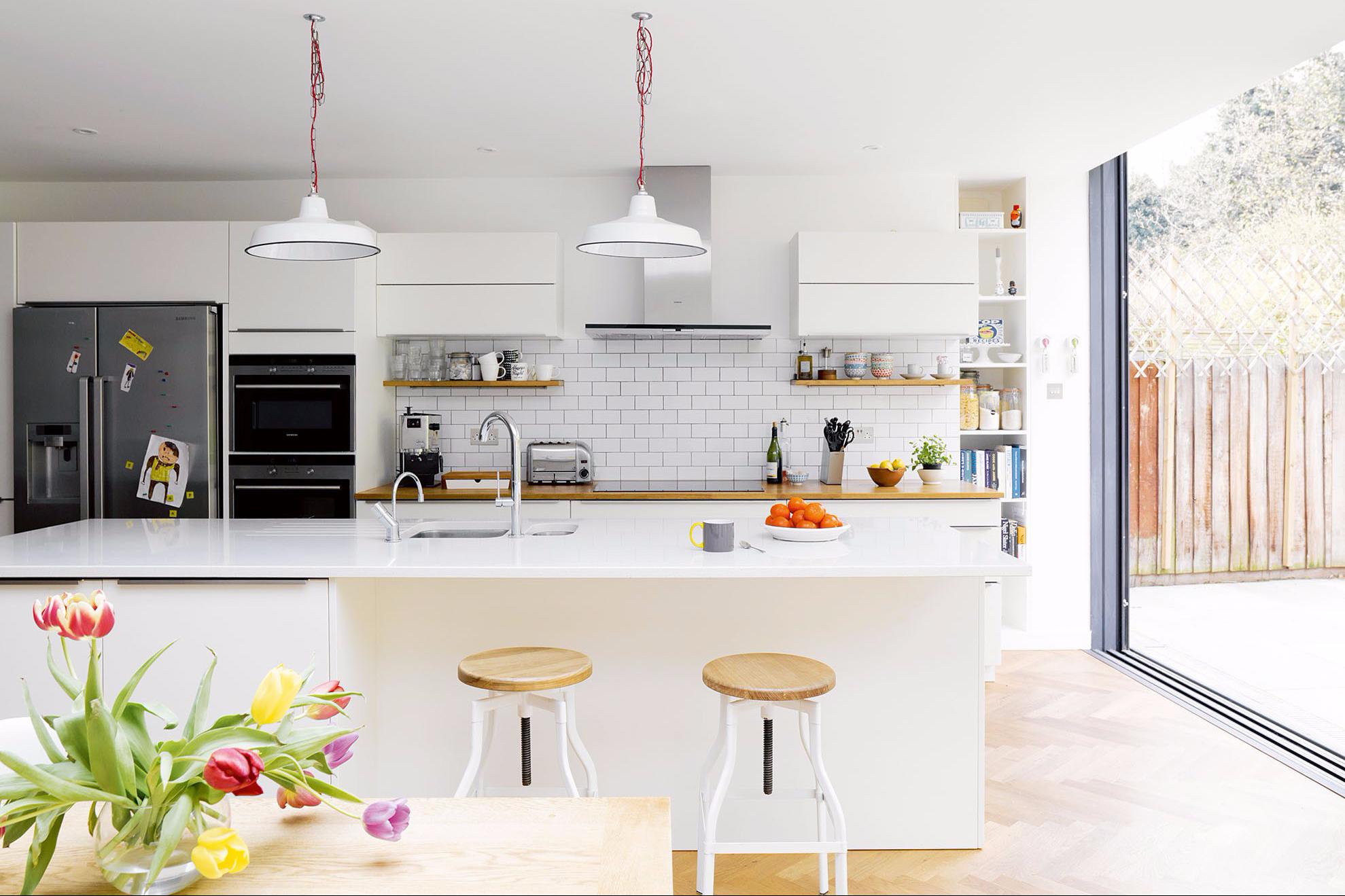 Ingin Ruang  Keluarga  Menyatu  dengan  Ruang  Makan Minimalis